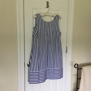 NWT Vineyard Vines Blue Striped Back Bow Dress